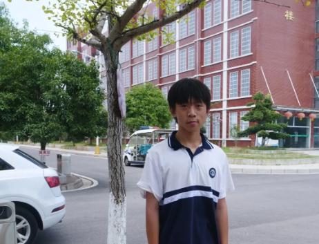 优秀!崇阳县2名学生被空飞班录取