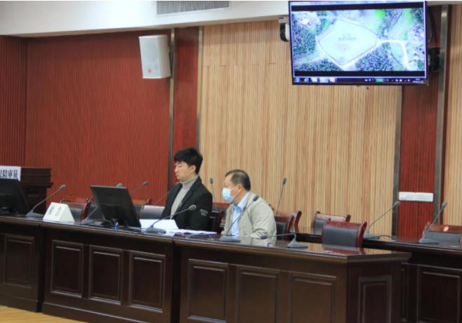 崇阳县法院公开开庭审理一起行政公益诉讼案件
